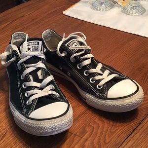 Converse women's 8, men's 6, black good condition